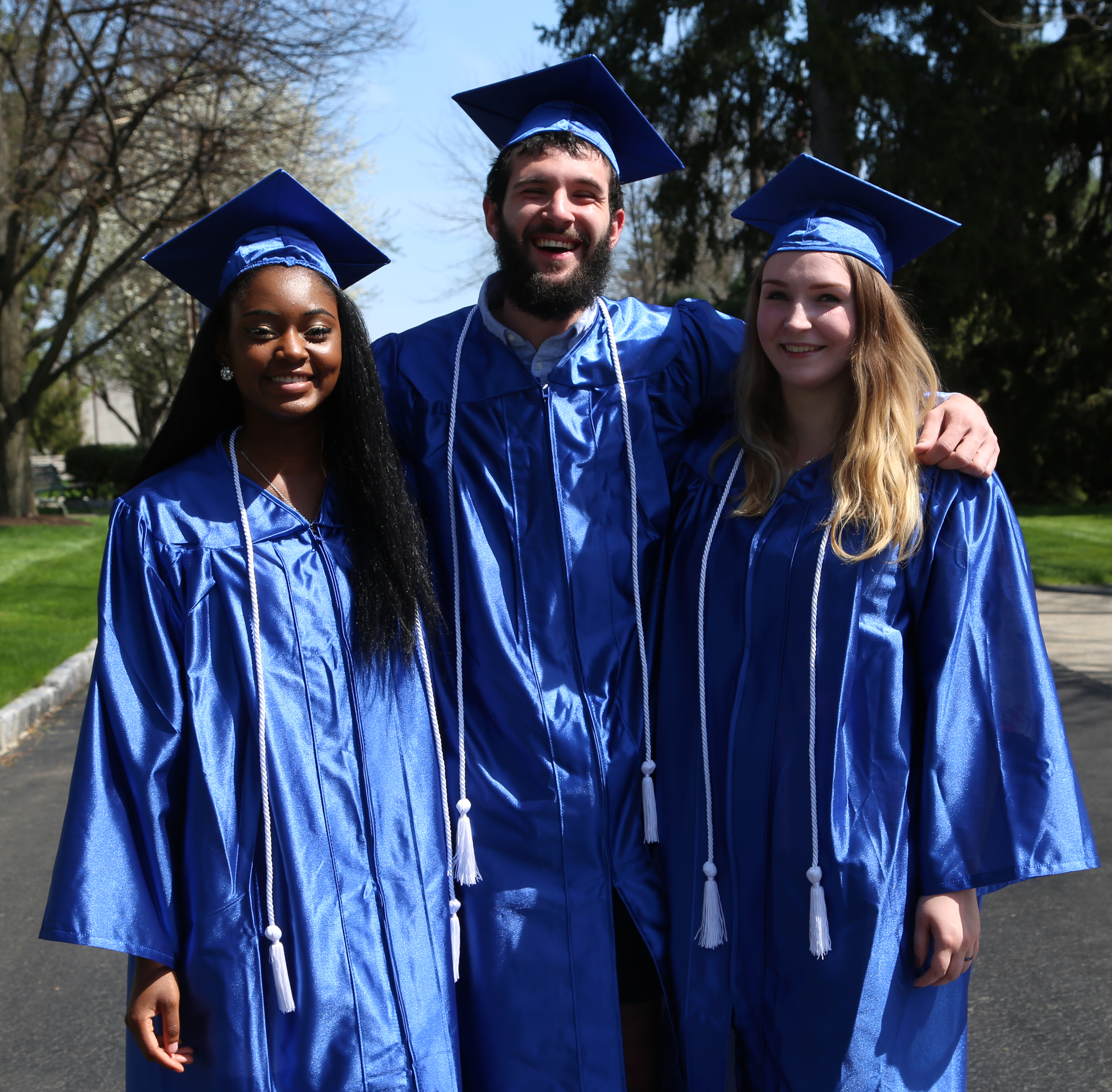 graduates with philanthropy cord